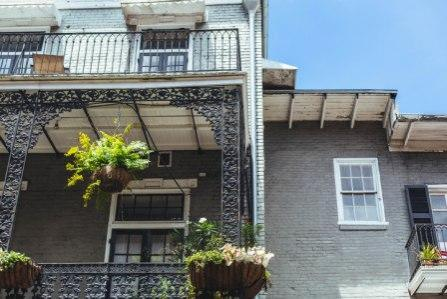 new orleans street balcony