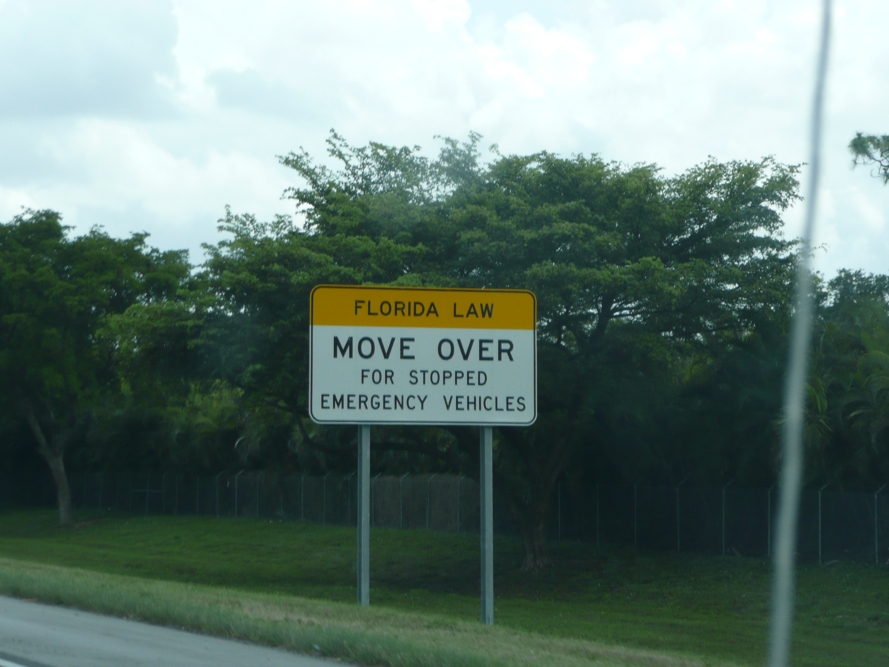 Move Over Traffic Law
